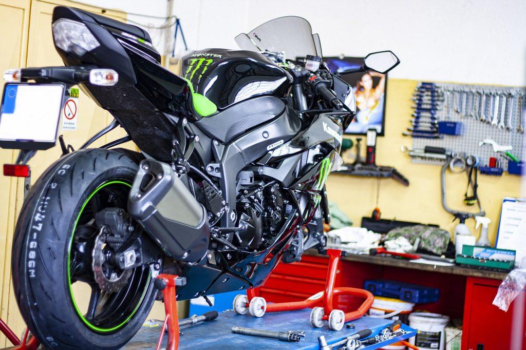 mecanicien service rapide moto fiche metier emploi moto