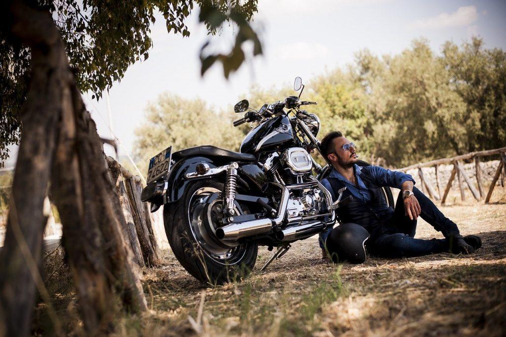 vendeur vendeuses accessoires moto fiche metier emploi moto